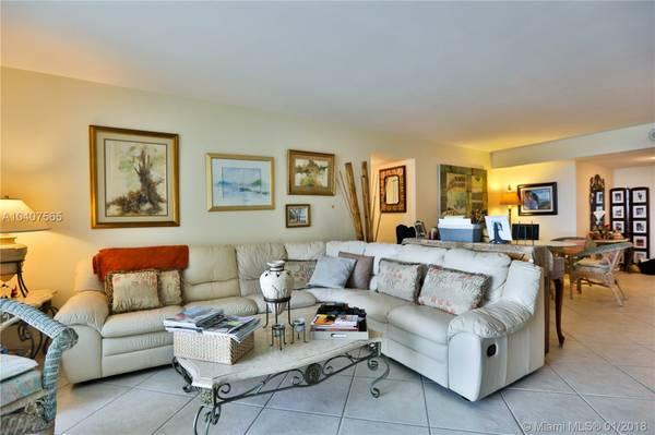5825-Collins-Avenue-Miami-FL-33140